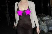 Jennifer Lawrence caminando sin un Bra